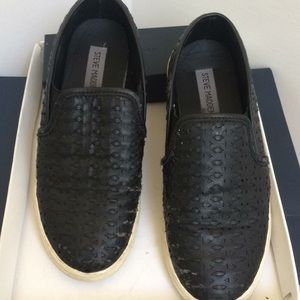 Steve Madden leather black loafers